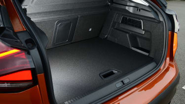 Citroen C4 hatchback boot
