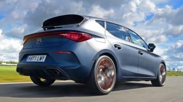 Cupra Leon hatchback rear 3/4 dynamic