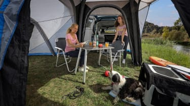 2020 Volkswagen Caddy California - tent extension and family