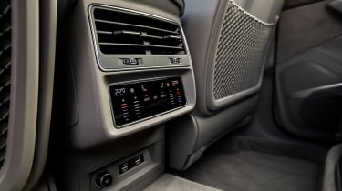 Audi Q7 SUV rear air vents