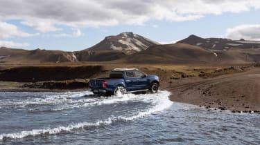 2019 Nissan Navara - rear view river crossing