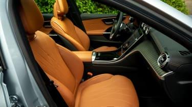 Mercedes C-Class Estate front seats