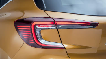 2020 Renault Captur - close up rear light 3/4