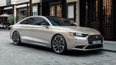 2021 DS 9 saloon - front 3/4 static