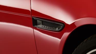 2019 Jaguar XE - close up
