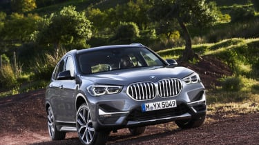 2019 BMW X1 SUV - front 3/4 angled static