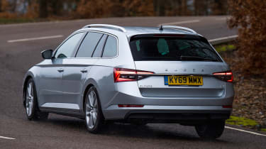 Skoda Superb Estate rear cornering
