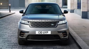 Speaking of economy, the diesels return 52.5-44.1mpg, while the 2.0-litre turbo-petrol engine officially manages 37.1mpg