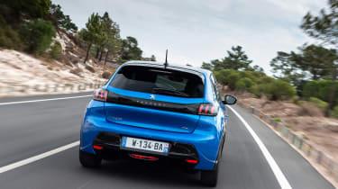 Peugeot e-208 hatchback rear tracking