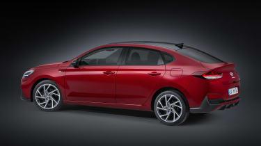 2020 Hyundai i30 Fastback - side/rear view