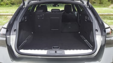 Peugeot 508 SW boot opening