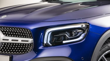 2019 Mercedes GLB - headlight and grille close up