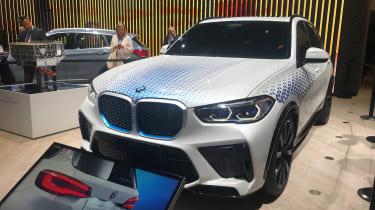 BMW i Hydrogen NEXT SUV - Front 3/4 view