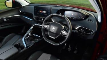 Peugeot 5008 SUV steering wheel