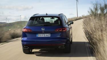 Volkswagen Touareg R cornering - rear view