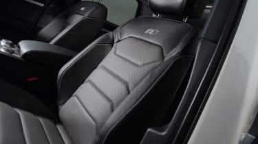 Volkswagen Touareg SUV front seats