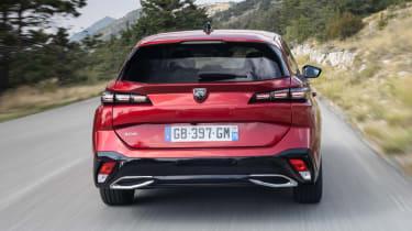 Peugeot 308 SW estate rear tracking