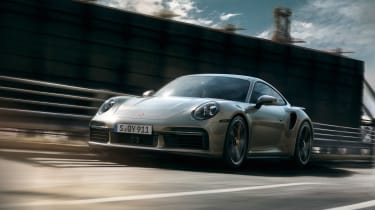 Porsche 911 Turbo S front tracking